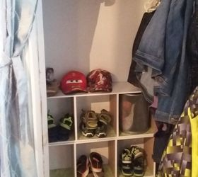 Entrance Closet Organization