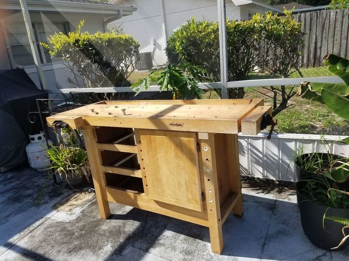 q i have an old work bench i want to convert into a bar any ideas