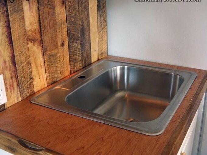 diy mahogany counter tops out of plywood