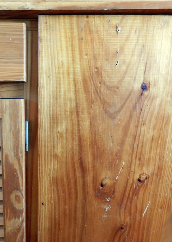 Eliminating Scratches And Blemishes From Wooden Cabinets And