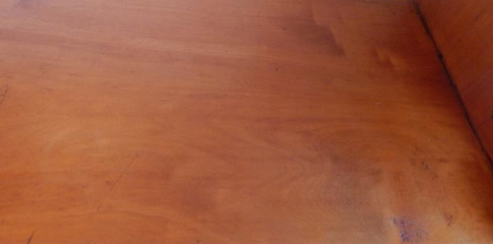 Eliminating Scratches And Blemishes From Wooden Cabinets