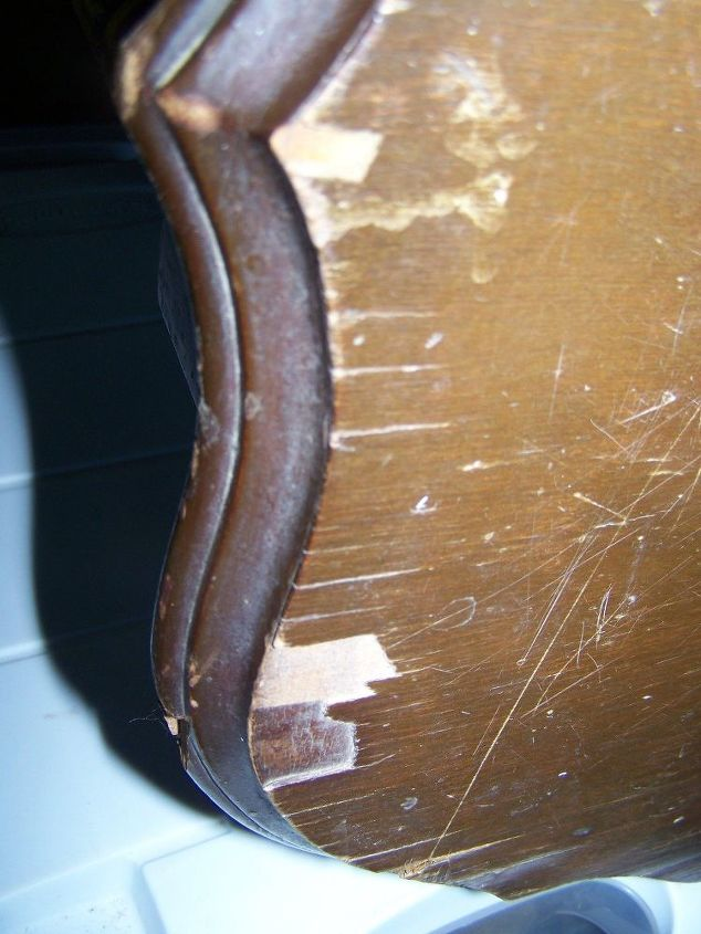 q how do i repair this type of damage on a older six legged table