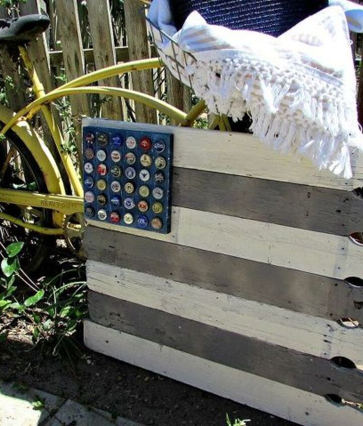 s 15 unusual flag ideas that actually look amazing, Use Your Picket Fence For American Pride