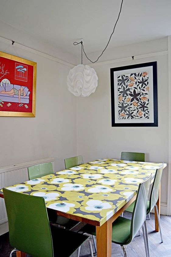 amazing table upcycle with wallpaper