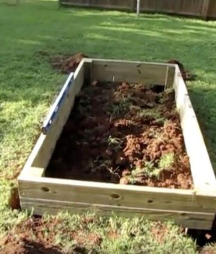 super easy diy raised garden bed