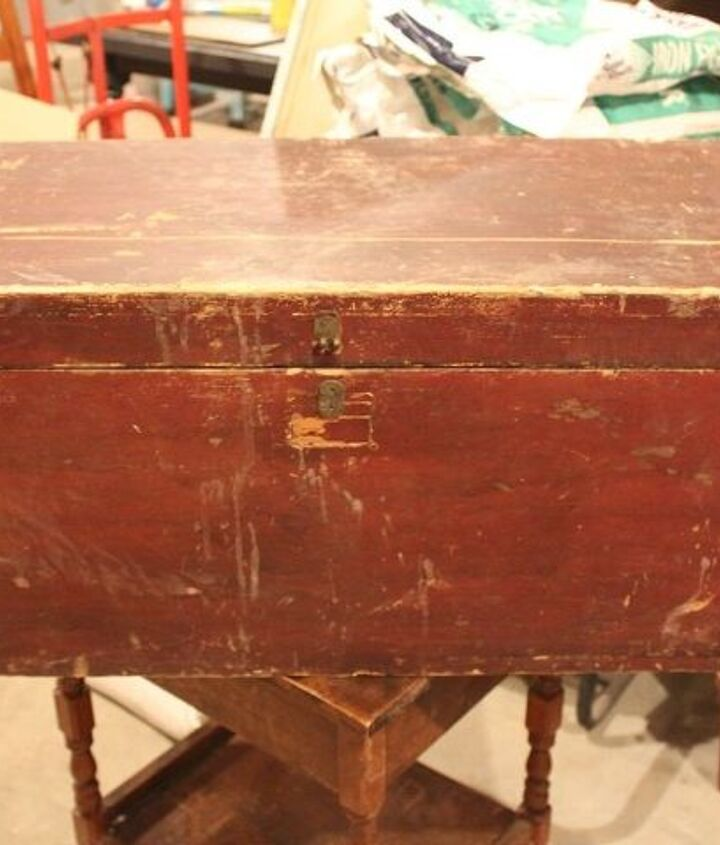 antique trunk makeover great for storage