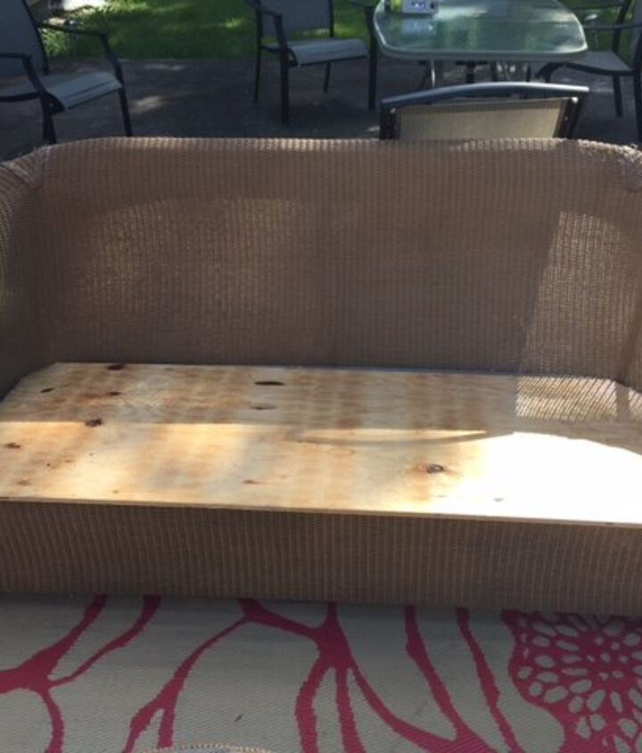 outdoor couch cushion