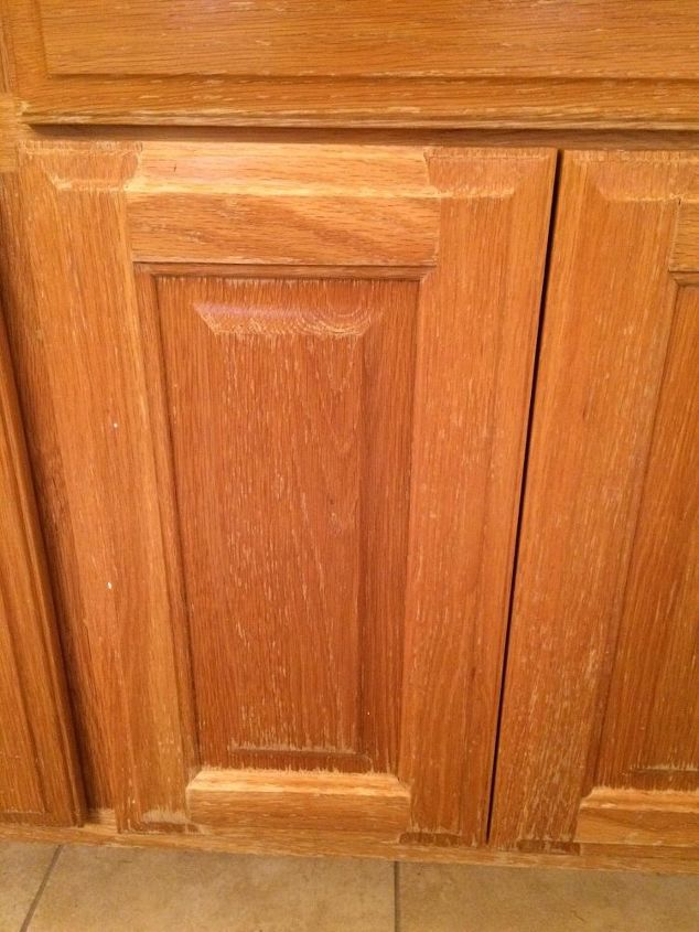 q best way to refinish cabinets