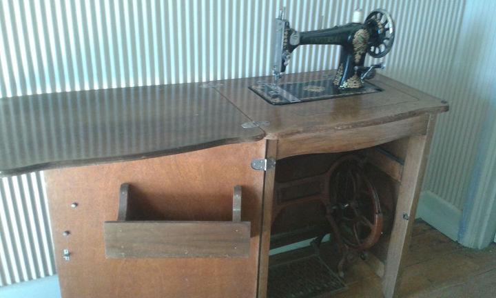 q 1870 jones cylinder shuttle sewing machine