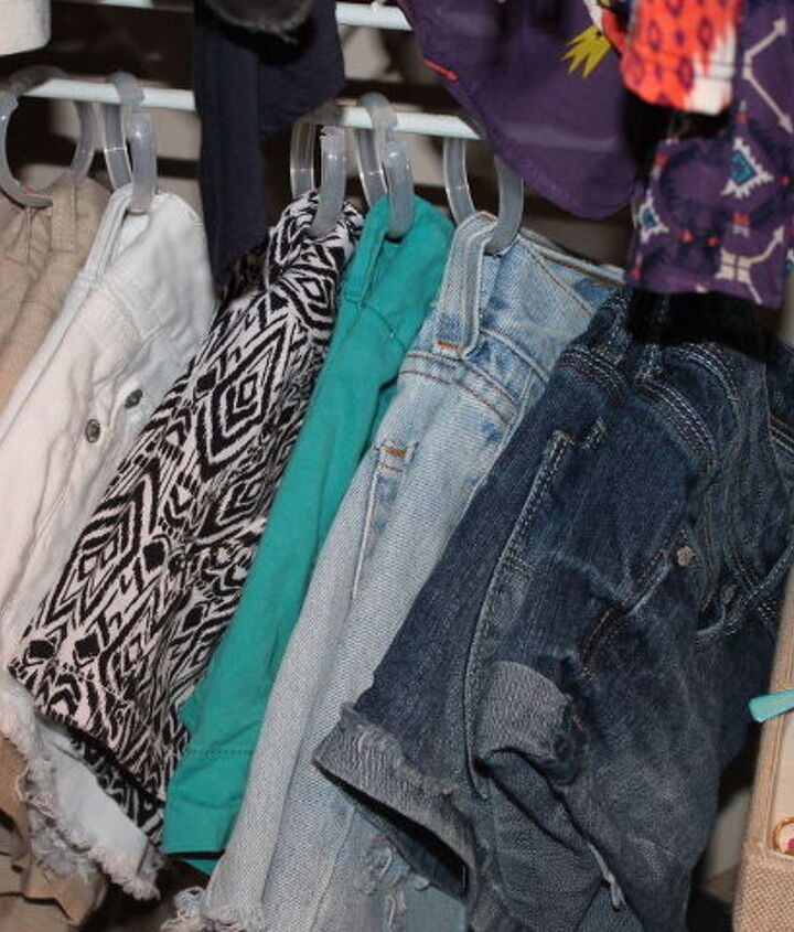 s 23 surprising uses for curtain rings, Organize your shorts with ease