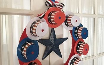 Patriotic Wreath-Dollar Store Craft Challenge