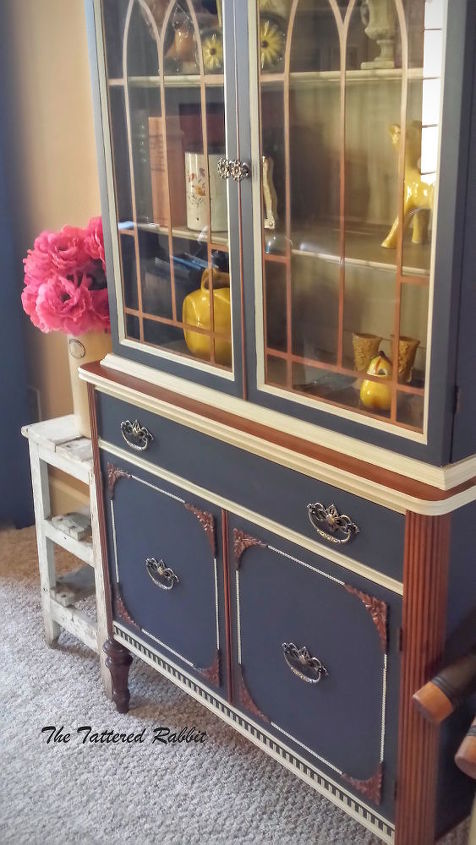 s get magazine ready china cabinets by using the best tool yourself, Showoff the Copper Woodwork Of Your Cabinet