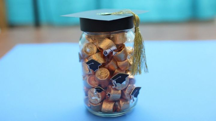 create easy diy graduation gifts diy grad cap mason jar