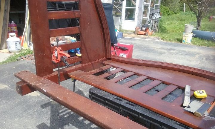 q how do you attach the footboard to the headboard for a bed frame bench