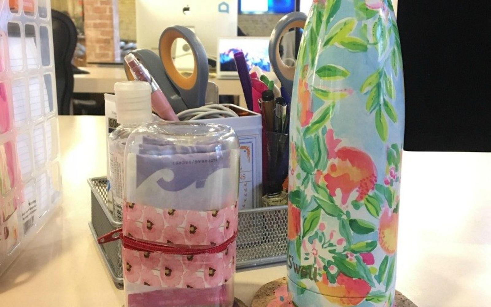 s 30 useful ways to reuse plastic bottles, Craft a zipper pouch