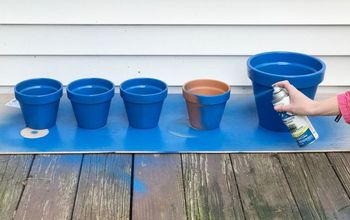 Turn Terra Cotta Pots Blue for the Cutest Porch Idea