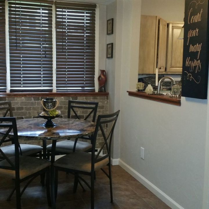 q need help re decorating this small dinning room