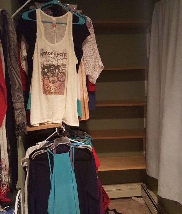 s 30 genius ways to make the most of your closet space, Use plastic brackets to hold your hangers