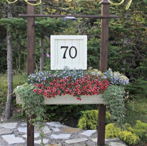 s 30 address signs that ll make your neighbors stop in admiration, Paint a pallet wood sign for elegance