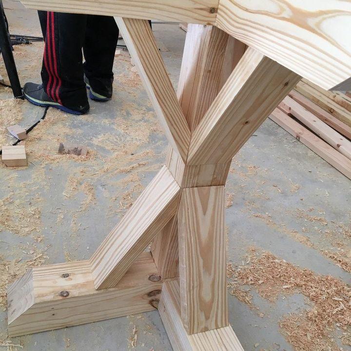 https://cdn-fastly.hometalk.com/media/2017/06/19/3899448/diy-l-shaped-farmhouse-wood-desk-office-makeover.1.jpg?size=786x922&nocrop=1