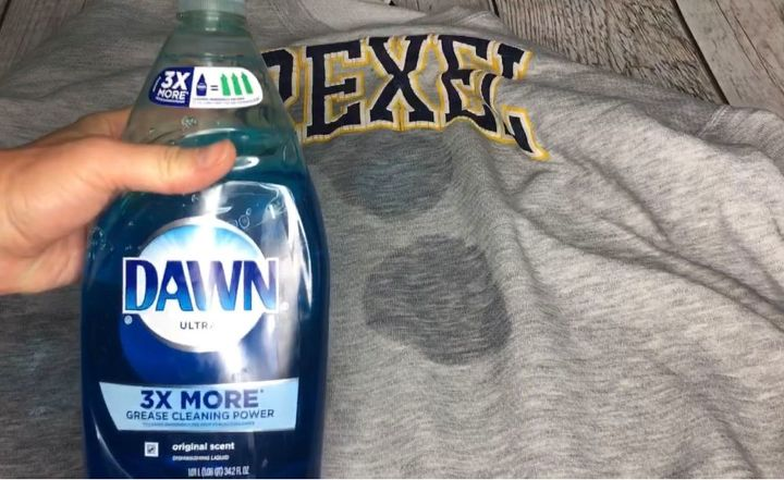 how to remove dried paint from clothing