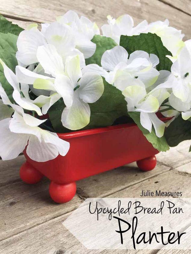 30 Creative Ways To Repurpose Baking Pans Hometalk