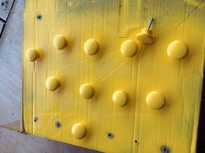 q best way to get spray paint off wood door knobs