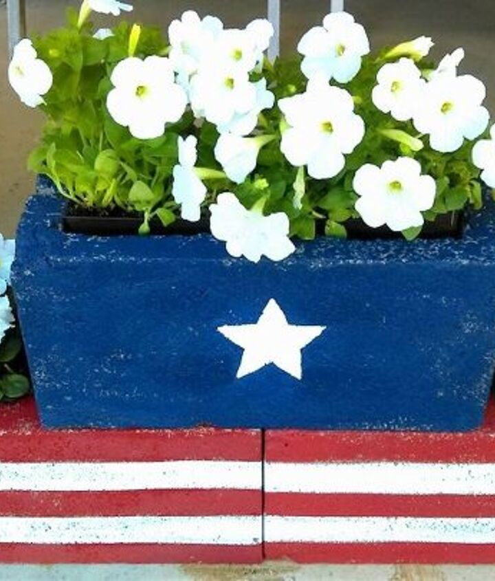s 30 adorable diy ideas for july 4th, Paint cinder blocks with stars and stripes