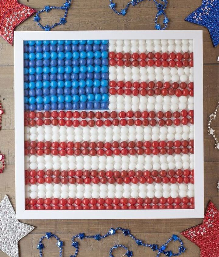 s 30 adorable diy ideas for july 4th, Arrange skittles in a framed picture