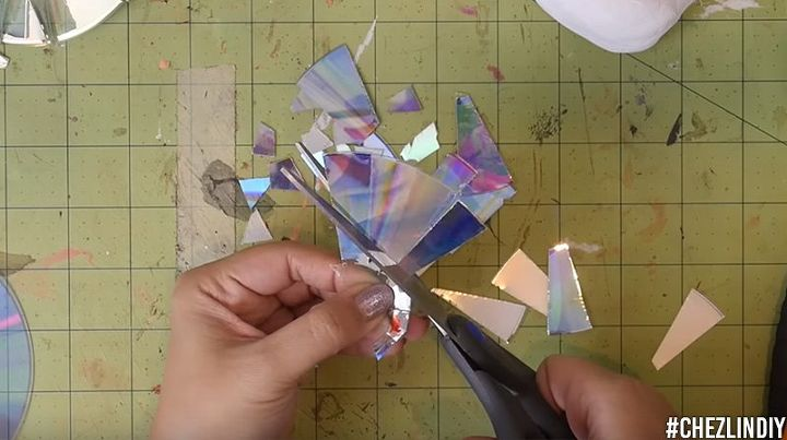 how to make unicorn bust with cd mosaic