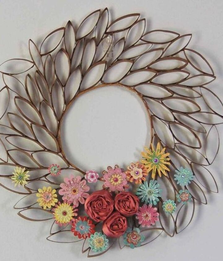 s 30 fabulous wreath ideas that will make your neighbors smile, Don t toss those toilet paper rolls
