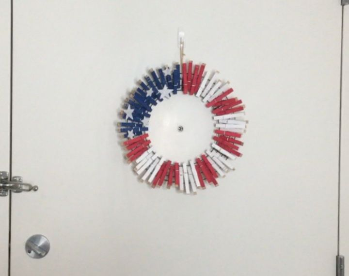 s 10 patriotic projects perfect for your fourth of july party, Pinch Clothespins For A Wreath