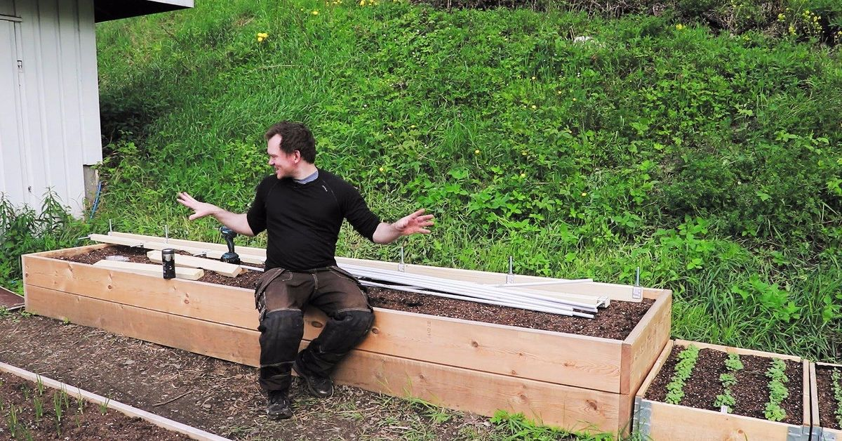 easy diy hinged hoophouse for raised bed | hometalk