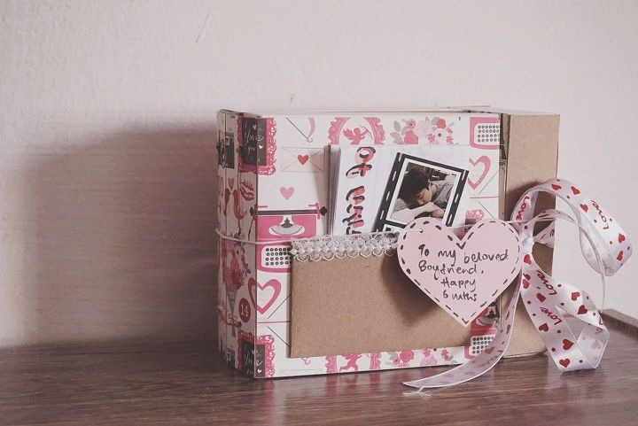 make your own diy photo frame with fairylights