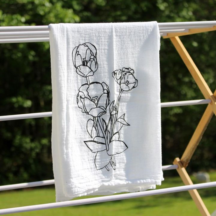 10 Lovely Ways Decorate Those Plain Tea Towels You Have