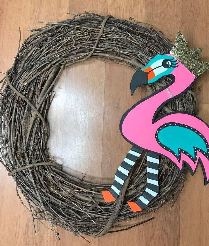 Secure Felicia on the wreath