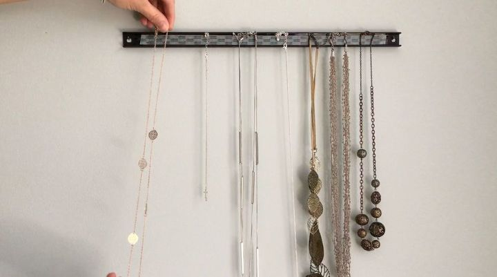 seven different ways to use a magnetic strip