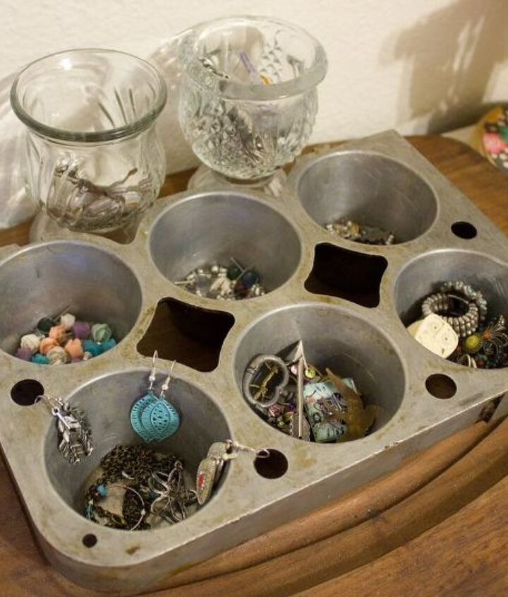 s 30 clever ideas to reuse muffin pans and cupcake liners, Use It As A Jewelry Holder