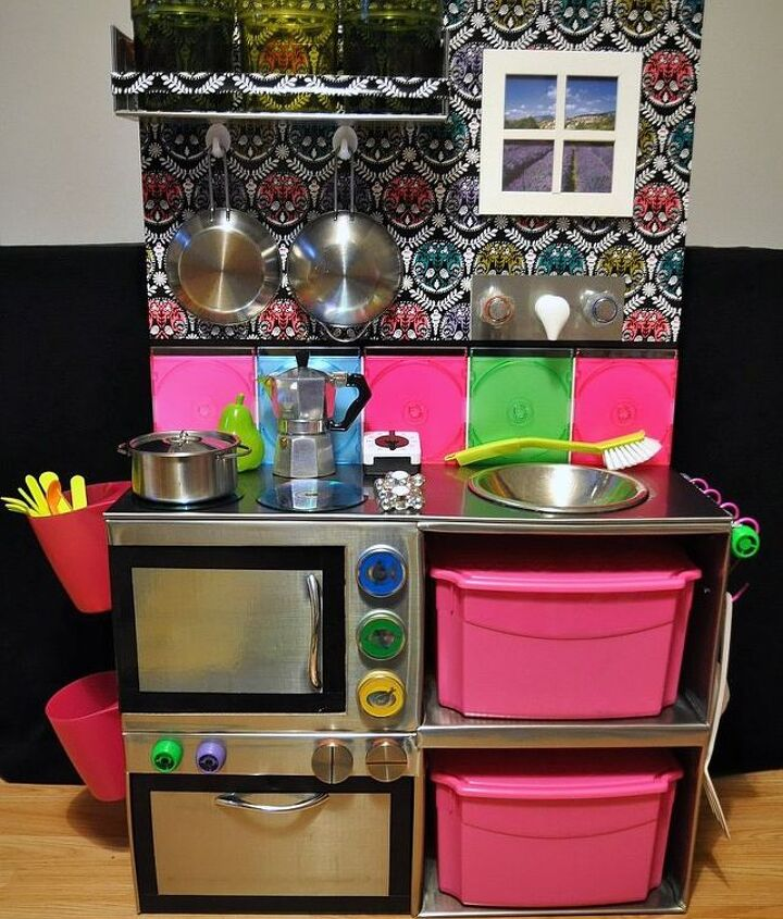 s 17 parents who deserve a standing ovation today, This mom who made a cool kitchen from boxes