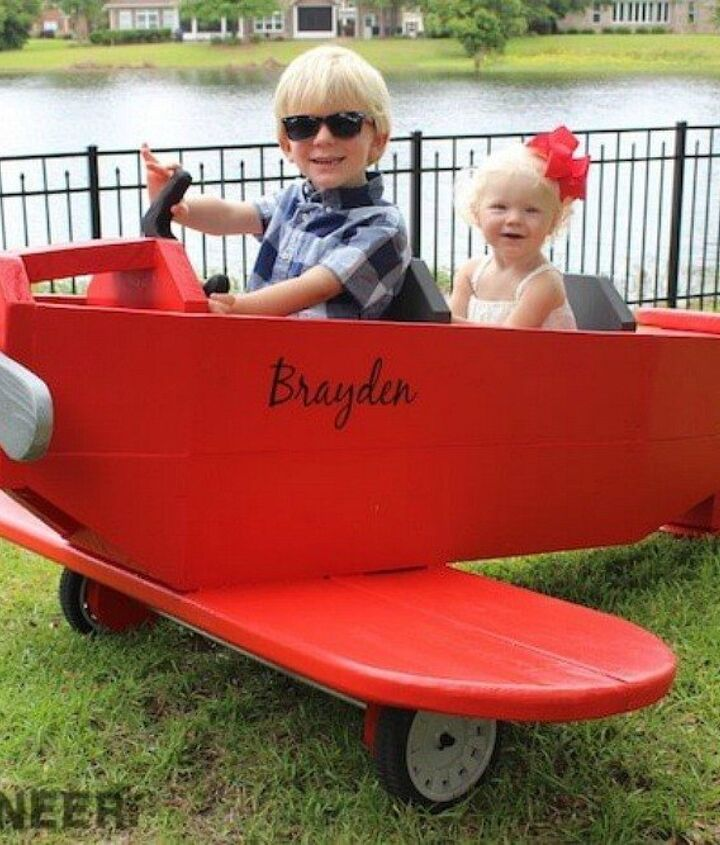 s 17 parents who deserve a standing ovation today, This dad who made a plane for his tiny pilots