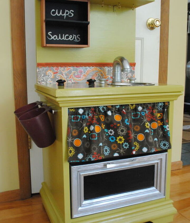 s 17 parents who deserve a standing ovation today, Or This Repurposed Kitchenette