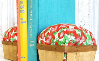 diy summer decor berry basket bookends