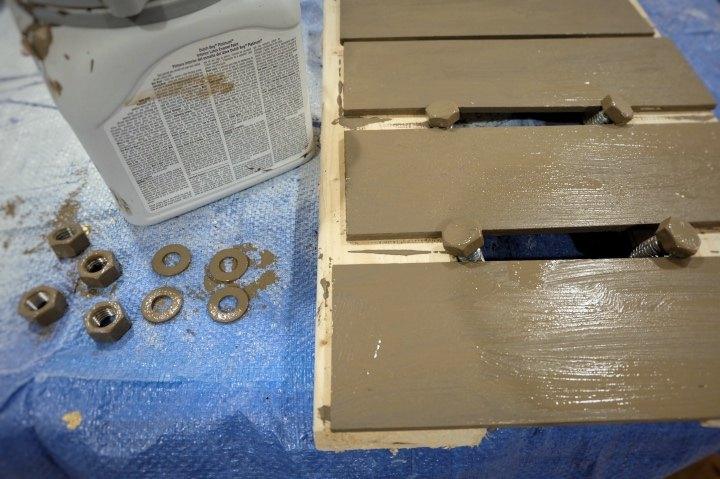 diy faux rust old wood shelf