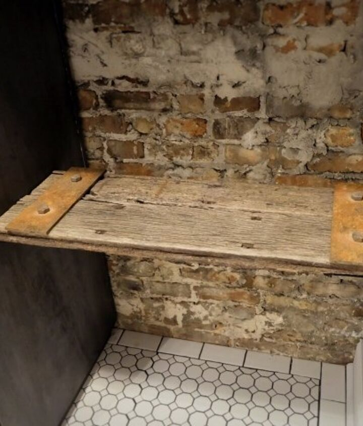 diy faux rust old wood shelf