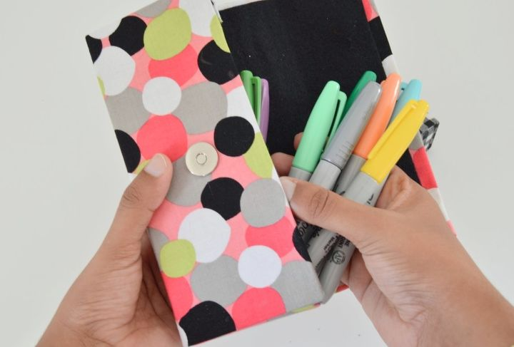 s 31 brilliant ways to repurpose everyday items into perfect organizers, Recycle A Cereal Box Into A Pencil Organizer