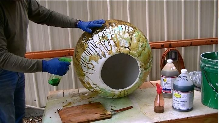 how to use a yoga ball to make a concrete sphere planter