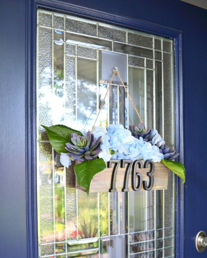s 15 exquisite ways to show off your prized flowers, Show Off Your House Address On A Planter