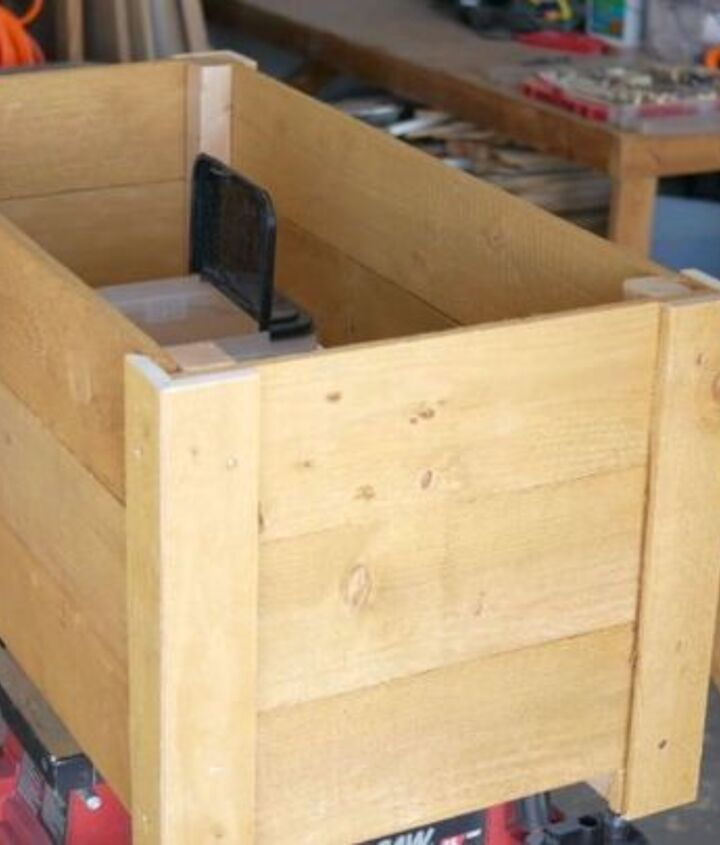 23 diy cedar planter box