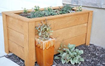 $23 DIY Cedar Planter Box