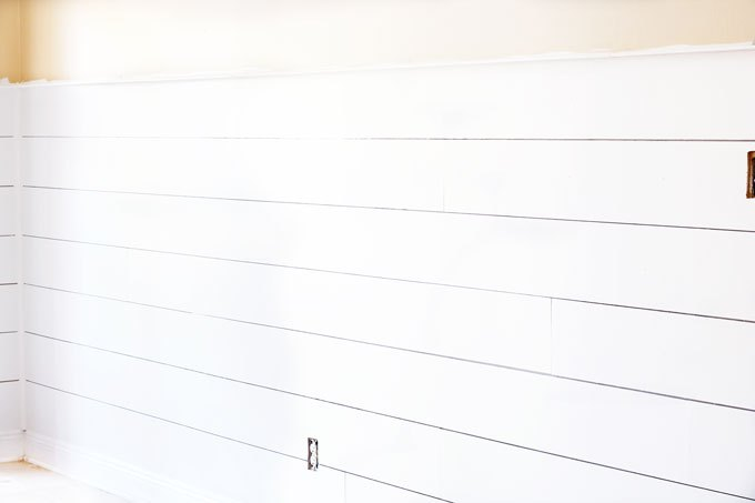 12 Super Affordable Shiplap Wall Projects To Beautify Your